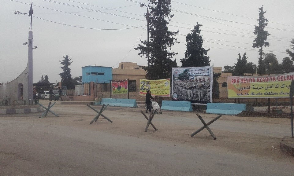 Zápisky z Kurdistánu II: Cesta za vlajkou Syriac Military Council