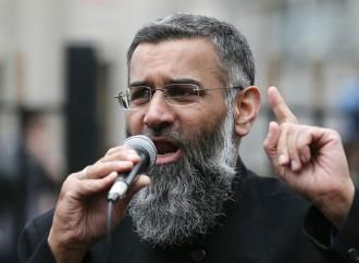 Kolik let stráví za mřížemi nejznámější britský islamista?