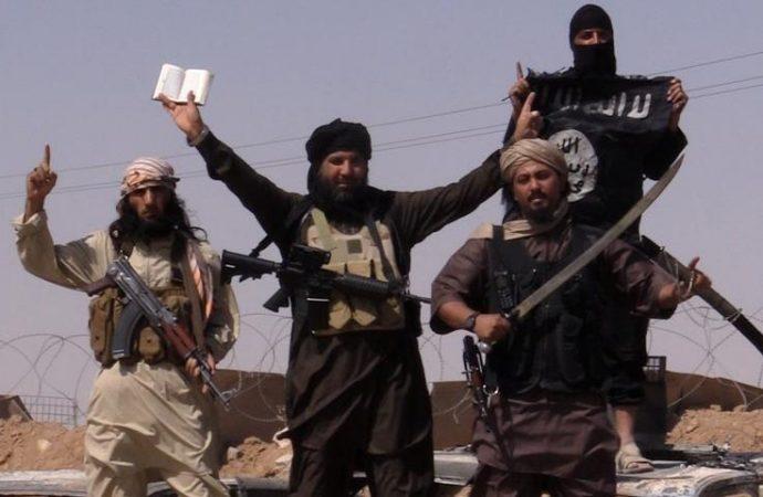Islámský stát útočí (a Češi mlčí)