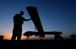 U.S._Army_Predator_Night_mensi