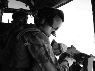 Střelec v Iráku | A gunner in Iraq; Photo by Dušan Rovenský, 2006-2007