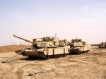 Porouchaný M1A1 Abrams, základna Tal Abtha, severní Irák.   A broken M1A1, Tal Abtha base, northern Iraq.